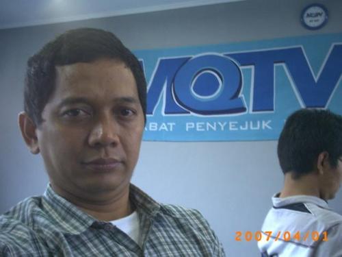 Penulis di Pertemuan dengan MQTV